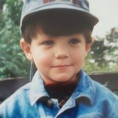 Little Lou 😍 One Direction Louis, One Direction Memes, Louis Tomlinson Kid, Luis Tomlinson, Zayn Malik, Niall Horan Baby, My Sun And Stars, Louis Williams, 1d And 5sos