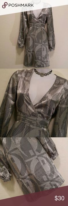 NWOT Charlotte Russe Silver Black Tie Back Dress Never Worn, V-neck, Long Sleeve, Lightweight, Tie Back, Cool Colors & Print, Accessories not included. Dresses