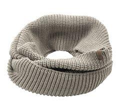 #FridaysFavourite | Our chalky loop scarf of wool fabrics is a stylish accessory on crispy winter days. #bugattifashion #menswear #scarf