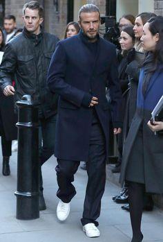 Traje David Beckham, Moda David Beckham, David Beckham Suit, David Beckham Style, David Beckham Fashion, London Fashion Week Mens, Mens Fashion, Stylish Men, Men Casual