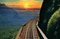 Serra Verde Express: Sunset Rail Tour from Curitiba Elected among the ten most beautiful world's train rides. On this tour, you will have the incredible experience of being on the trails during the sunset, enjoying the beautiful scenery of the Serra do Mar Paranaense. You'll departure from the Curitiba train station in a van heading to Morretes through the Graciosa Road. Explore the city, its craft shops and restaurants and then embark on the train that will bring y...