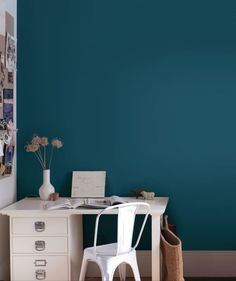 How to choose the right paint shade - even after buying lots of tester pots