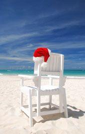 Love Santa's hat on the lifeguard chair.  SO cute!