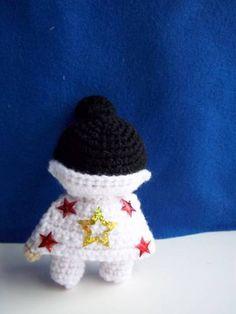 Not Your Average Hooker — Crochet Elvis Amig urumi via @Craftster :D ...