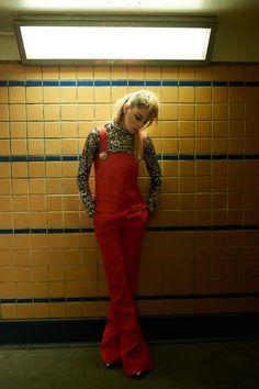 Exclusive Fashion Editorials June 2016 Veranika Antsipava by Johan Santos - Vogues - Retro Artistic Fashion Photography, Fashion Photography Inspiration, Photoshoot Inspiration, Style Inspiration, Photoshoot Ideas, Punk Fashion, Fashion 2020, Home Fashion, Street Fashion Shoot