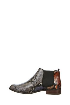 "Boots en cuir printées snake - modèle ""Radadi"" by Mellow Yellow  #FW14 #SHOES"