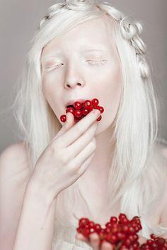 Oreiad eating berries