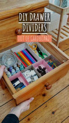 Diy Drawer Dividers, Diy Drawer Organizer, Desk Organization Diy, Home Organization Hacks, Drawer Organisers, Diy Desk, Diy Storage Hacks, Junk Drawer Organizing, Cardboard Organizer
