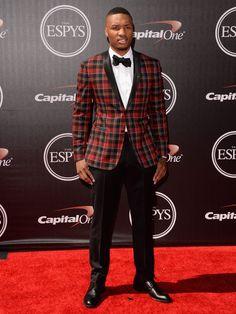 Damian Lillard dapper in checkered. Nba Fashion, Elite Fashion, Mens Fashion, The Espys, Big And Tall Style, Espy Awards, Damian Lillard, Dapper Gentleman, Trail Blazers