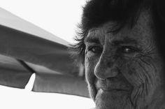 """Praia de Bertioga (12) - Nereide Zuppolini, pertencente ao ensaio fotográfico """"Praia de Bertioga"""". Capturada com uma Nikon Coolpix L810.   Fevereiro de 2017. #photo #photography #art #artpop #Brasil"""