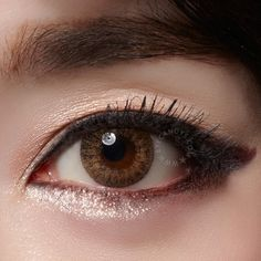 GEO Tri Color Colored Contacts are perfect for dark brown or almost black eyes due to the high opacity design! Black Contact Lenses, Coloured Contact Lenses, Asian Make Up, Eye Make Up, Brown Eyes Aesthetic, Prescription Colored Contacts, Change Your Eye Color, Asian Eyes, Circle Lenses