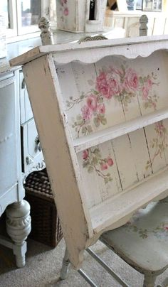 Custom Color and Decorative Shabby Chic Large Vintage Style Roses Shelf - Debi C. - Custom Color and Decorative Shabby Chic Large Vintage Style Roses Shelf – Debi Coules Romantic Ar - Rose Shabby Chic, Shabby Chic Mode, Romantic Shabby Chic, Shabby Chic Interiors, Shabby Chic Bedrooms, Shabby Chic Style, Shabby Chic Decor, Rustic Style, Rustic Decor