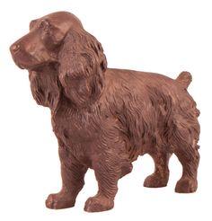 FIGURA DE PERRO Escultura de perro Cocker. S. XX. Realizada en bronce. Medidas: 16 x 20 x 8,5 cm.