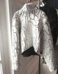 you crack me up... Painted Fabric - Cracked (Balenciaga)
