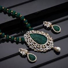 AVR Swarnamahal offers a wide range of exquisite Gold, Diamond, Silver and Platinum collections through online shopping. We are one of the most Prominent Jewellery brand in South India. Gold Earrings Designs, Gold Jewellery Design, Necklace Designs, Bridal Jewelry, Beaded Jewelry, Gems Jewelry, Stylish Jewelry, Fashion Jewelry, Emerald Jewelry
