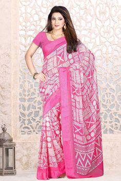 Rose Georgette Saree et rose Blouse Prix:-41,02 € Designer indienne saris roses sont maintenant en magasin présente par Andaaz Mode . Agrémentée de travail imprimé et PinkGeorgette Chemisier manches courtes . Ceci est parfait pour le Parti , l'usure du festival , décontracté , cérémonial . http://www.andaazfashion.fr/pink-georgette-saree-and-pink-blouse-dmv7869.html