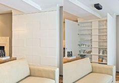 Em outra proposta das arquitetas Clarice e Simone Volpi, o armário foi projetado com o intuito de esconder uma coluna.