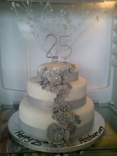 28 Best Cakes Images 25th Wedding Anniversary Cakes
