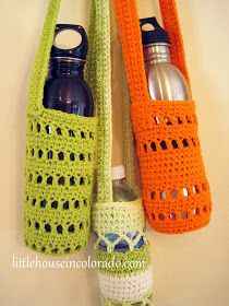 Our Colorado Homefront: Pattern For Crochet Water Bottle Holders Ummm. I think these are WINE bottle holders! Crochet Cozy, Crochet Gratis, Knit Or Crochet, Crotchet, Beaded Crochet, Crochet Summer, Crochet House, Simple Crochet, Kids Crochet