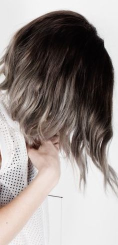 hair // silver blonde ombre long asymmetrical bob