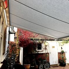 Our wide range of sophisticated awnings create shade on the warmest of days in the Britain summer time. When the evening draws in dine in comfort with additional lighting and a heater if you wish! Call us now for a free quotation  020 8989 8354 . . . . #outdoors #outdoorliving #outdoordining #awning #awningsandcanopies #awningspiring #bespoke #madetomeasure #posnerinteriors #specialist #windowdressing #interiordesign #interiorstyle #interiorlovers #stylish #homedecor #homeideas #homegoods