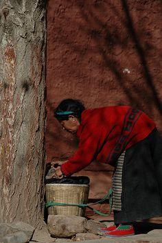 Tibetan Woman #Tibetan # Tibetan art