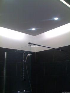 faux plafond design dans une salle de bain - Faux Plafond Salle De Bain