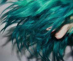 Gorgeous sea green turquoise aqua teal hair.