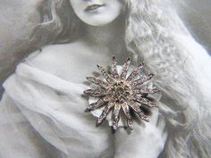 Stunning Vintage Floral Brooch With Rhinestones - BR-431- Rhinestone Brooch - Floral Brooch - Flower Brooch - Flower Pin - Floral Pin