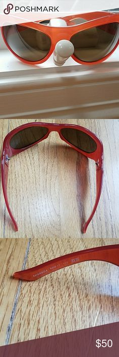 Missoni Sunglasses Worn just a few times Missoni Orange Sunglasses. No case. Perfect condition Missoni Accessories Glasses