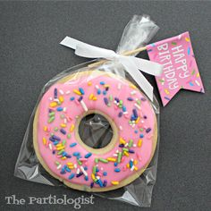 The Partiologist: Birthday Cookie Donuts! 1st Birthday Party For Girls, Donut Birthday Parties, Donut Party, Birthday Cookies, 10th Birthday, Baby Birthday, Birthday Party Themes, Geek Birthday, Candy Party