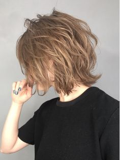 Pin on Short hair haircuts Short Grunge Hair, Short Hair Cuts, Edgy Short Hair, Asian Short Hair, Pretty Hairstyles, Bob Hairstyles, Hair Inspo, Hair Inspiration, Medium Hair Styles