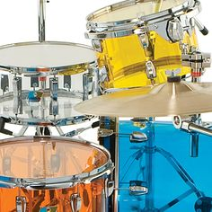 Oh these clear colored drums are sick!! Ludwig Drums USA - Drumkits, Snare Drums, Concert & Marching Percussion