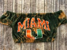Miami Hurricanes Off The Shoulder Crop Top / Game Day Shirt / Tailgate Clothing / Florida Shirt / UMiami / College Shirt / College Crop Top College Shirts, College Outfits, College Clothing, St. Patrick's Day Diy, Tailgate Outfit, Maroon Shirts, Game Day Shirts, Cheer Shirts, St Patrick Day Shirts