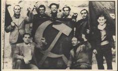 Gruppo di Garibaldini di Beaucaire-Francia fotografati alla partenza per la Spagna. Primo in piedi a sinistra: Bartoloni Ettorecaduto a Morata de Tajunia