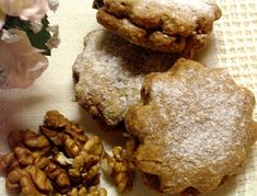 KataKonyha: Diós zabpelyhes keksz Minion, Muffin, Cookies, Chicken, Meat, Breakfast, Desserts, God, Biscuits