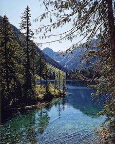 Island, Emerald Lake on Vancouver Island, BC. Isn't it beautiful?Emerald Lake on Vancouver Island, BC. Isn't it beautiful? Oh The Places You'll Go, Places To Travel, Places To Visit, Vancouver Island, British Columbia, Banff National Park, National Parks, Rocky Mountains, Emerald Lake