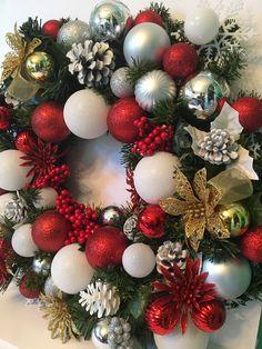 Holly Jolly Christmas Ornament Wreath 20 x 20 x 5