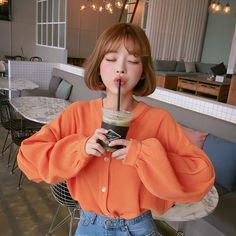 korean and japanese fashion // tags Korean Girl Ulzzang, Pelo Ulzzang, Style Ulzzang, Ulzzang Short Hair, Korean Girl Photo, Cute Korean Girl, Asian Girl, Asian Cute, Pretty Asian