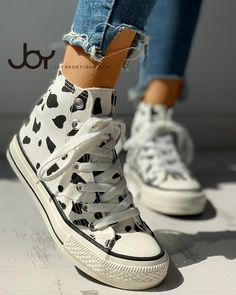 ivrose / Abstract Print Lace-Up Sneakers High Top Sneakers, Casual Sneakers, Sneakers Fashion, Fashion Shoes, Cool Converse High Tops, Colorful Sneakers, Tomboy Fashion, Style Fashion, Girl Fashion