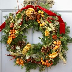 Traditional Flower Company - Rustic Country - Fresh Christmas Wreath