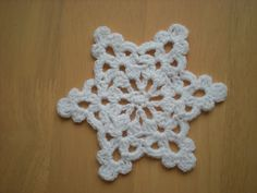 Easy to make Snowflake/ Star pattern by emmhouse