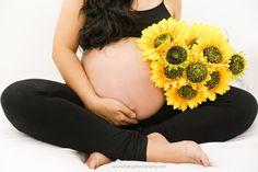it's a girl!  #maternityphotoshoot #ibabyphotography #HomeStudio