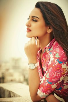 Latest Gorgeous Pics of Sonakshi Sinha