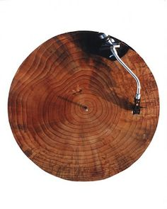 wood turntable- now this is awesome.