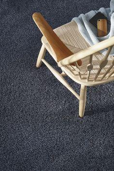 Blauwgrijs #Vloerkleed #Parade kwaliteit #Chanelle  Een weldaad voor je voeten.