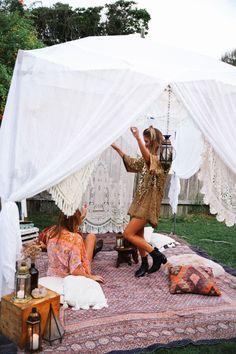 FESTIVAL CAMP DE BASE DIY - Sort  Gypsy Collective