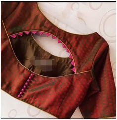Blouse Back Neck Designs, New Saree Blouse Designs, Blouse Designs Catalogue, Simple Blouse Designs, Stylish Blouse Design, Latest Blouse Designs, Choli Blouse Design, Indian Blouse Designs, Blouse Neck Patterns