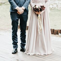 Muslim Prom Dress, Muslimah Wedding Dress, Muslim Wedding Dresses, Wedding Hijab, Wedding Couple Poses Photography, Couple Photoshoot Poses, Pre Wedding Photoshoot, Bridal Photography, Wedding Picture Poses