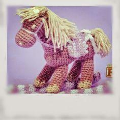 Horgolás minden mennyiségben!!!: Horgolt ló leírása